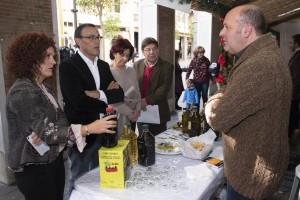 El aceite de oliva Salomé vuelve un año más a las puertas de Diputación