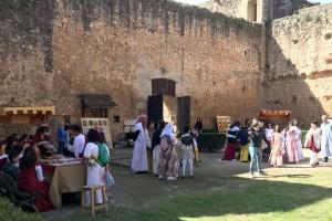 Niebla, Los alumnos del colegio dan a conocer la Historia de la Milenaria Ciudad.