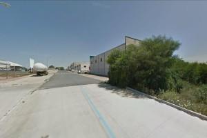 Oferta para la venta de suelos que incluye una parcela industrial en Bonares.
