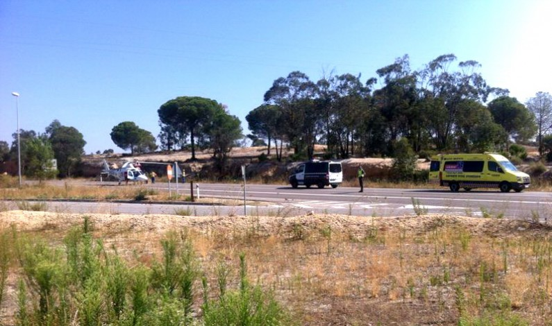 Accidente a la altura de la gasolinera de Bonares.