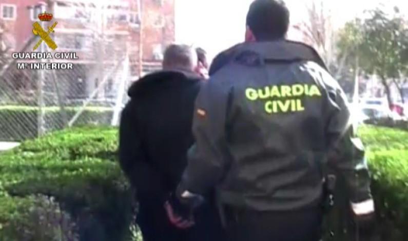 La Guardia Civil detiene a 7 personas integrantes de una organización que robaron en la joyería de Bonares.
