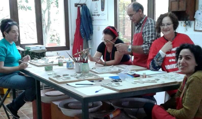 Clases de Dibujo, Pintura y Cerámica en Bonares.