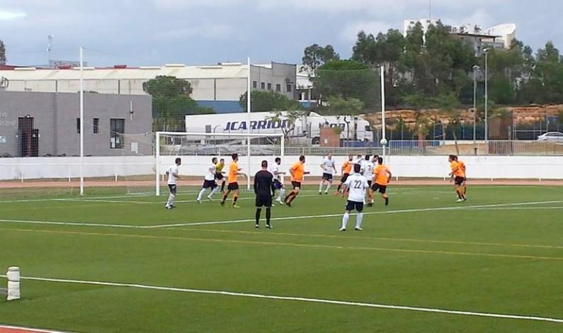 El Bonares se impone al Aracena con un contundente 2-0.