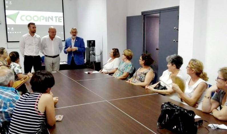 Las Cruces de Mayo de Bonares se beneficiarán de un ahorro en la factura de la luz gracias a un  acuerdo entre Coopinte y Cecsa.