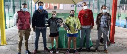 El club Pádel 3 Tokes de Bonares acogió ayer la celebración del Campeonato Provincial de Menores de Huelva.