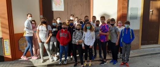 Actividad del colegio sobre las Cruces de Bonares