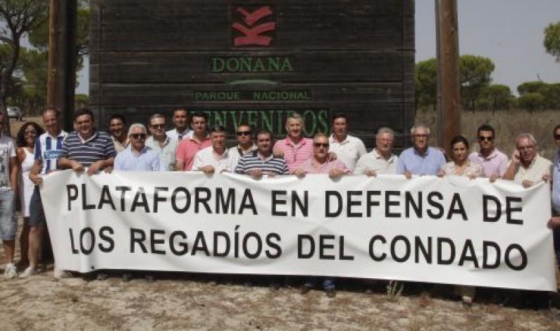Los agricultores de El Condado exigen a Rajoy soluciones al problema del regadío.
