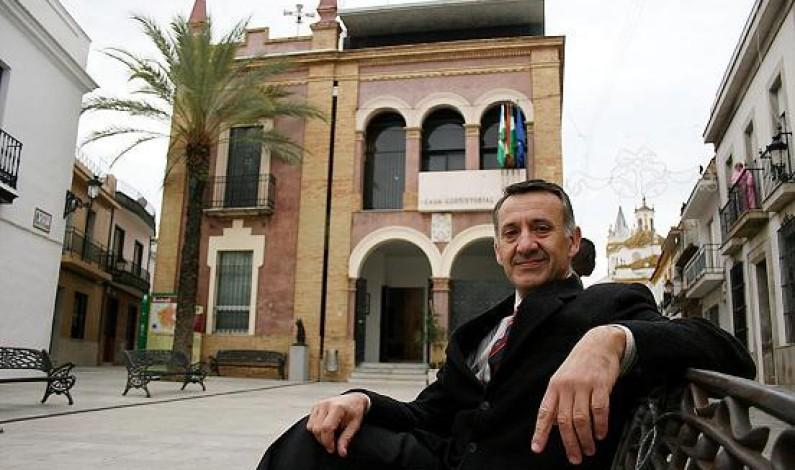 Carta del Alcalde de Bonares a La ministra de empleo, Fátima Báñez.