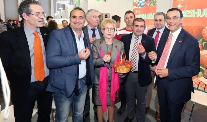 """Bonafru presente en Fruit Logística Berlín, """"el mejor escaparate"""" para la fresa onubense."""
