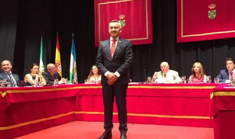 Juan Antonio García elegido alcalde por mayoría absoluta.