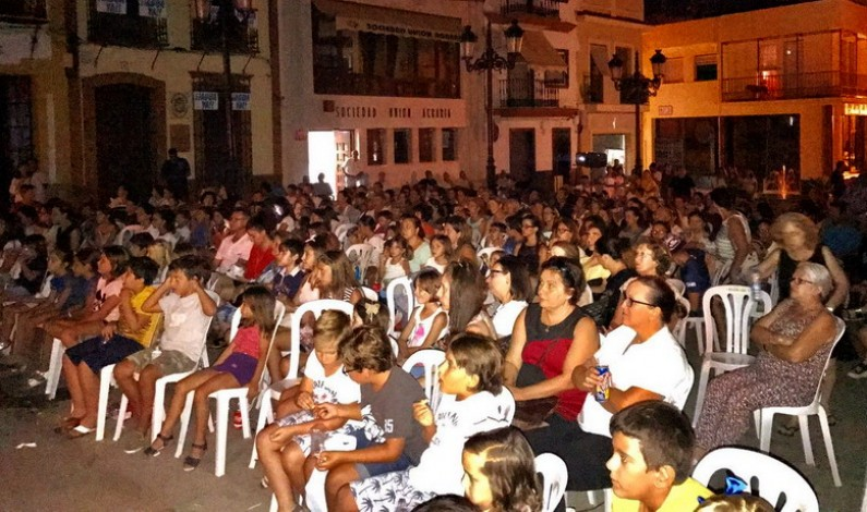Luna de Palomitas, cine de verano en la Plaza del Ayuntamiento.