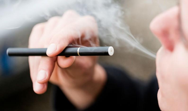 ¿Cómo te puede ayudar el cigarrillo electrónico a dejar de fumar?