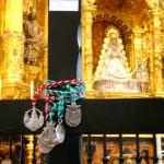 Las hermandades del Rocío que hacen el camino de Bonares celebran un Vía Crucis.