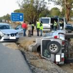 Aparatoso accidente de trafico junto a la gasolinera de Bonares.