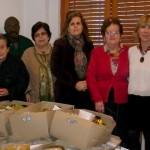 La Caixa entrega a Cáritas de Bonares 135 cajas de alimentos para las personas más necesitadas.