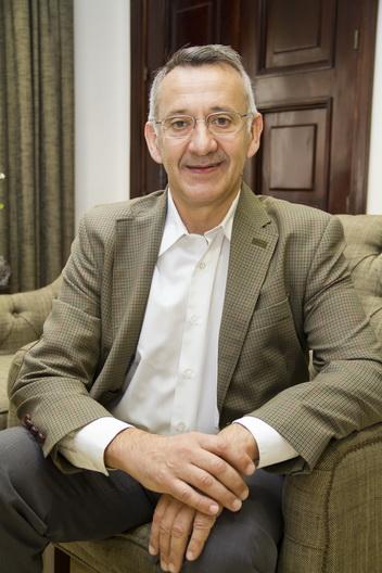 Juan Antonio García, alcalde de Bonares.