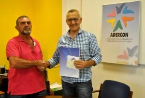 adercon entrega subvención a cooperativa de Bonares.