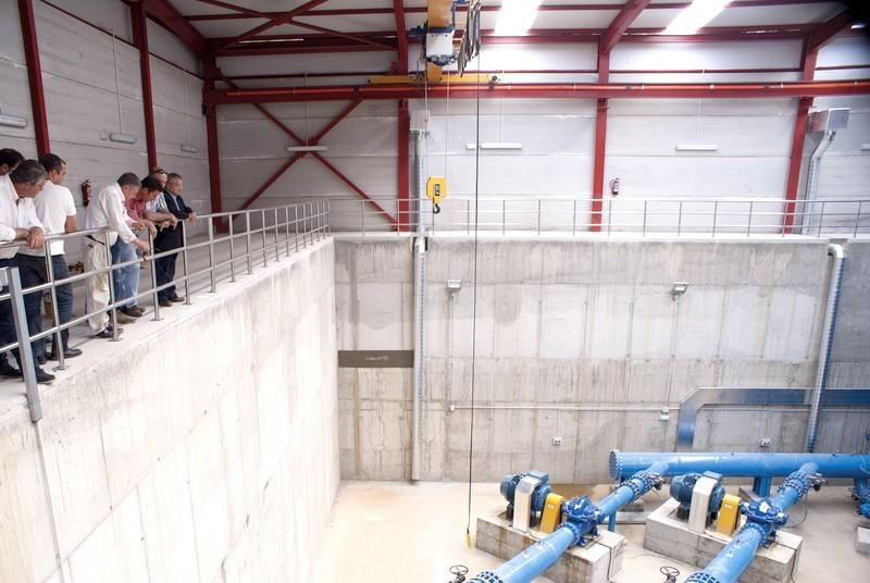 sala de bombeo para el trasvase de agua al condado de Huelva.