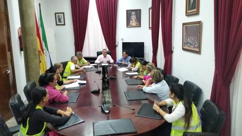 firma de contratos en el ayuntamiento de Bonares.
