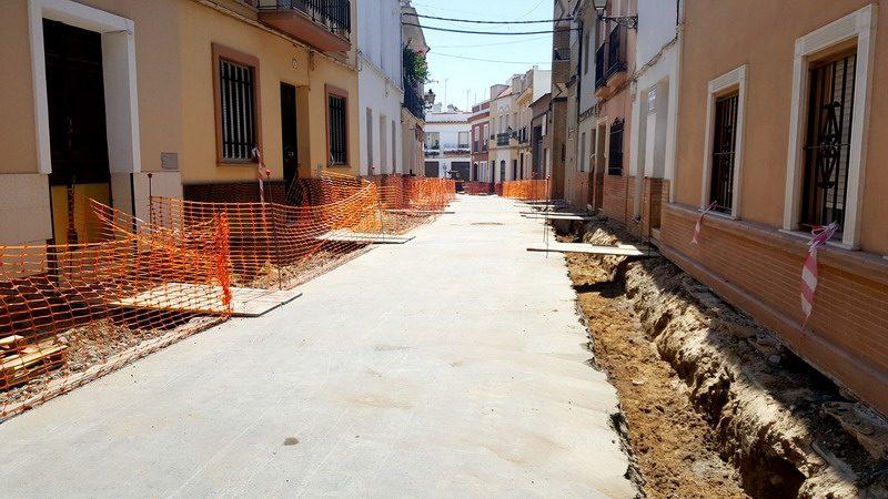 obras en calle almonte de bonares