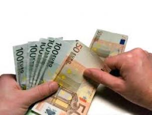 dinero-en-bolsa