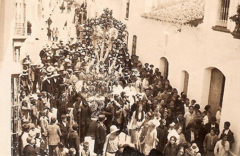 1920 cruces de Bonares.