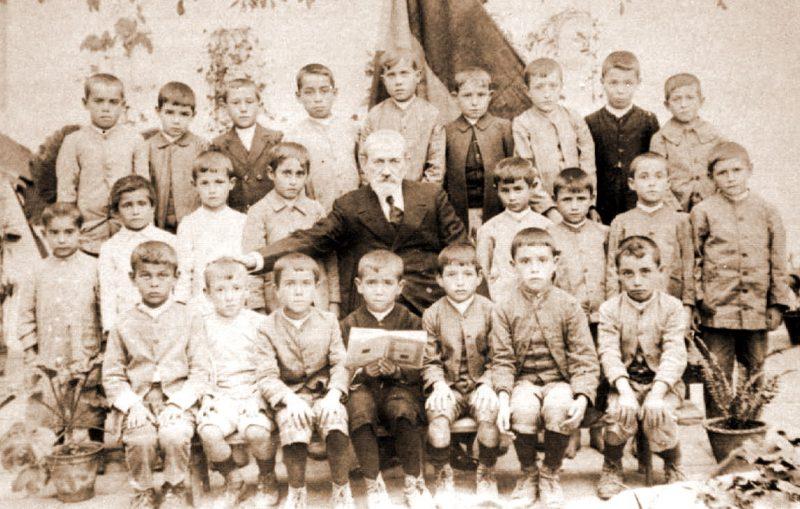 escuela 1922 de bonares