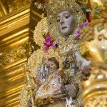 La Hermandad del Rocío de Bonares organiza su peregrinación anual a la aldea.