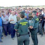 Movilización en Lucena del Puerto contra el cierre de pozos.