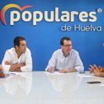 El PP recrimina al PSOE que diez meses después de la aprobación de la Ley del Trasvase sigue sin ejecutarse.