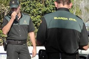 Detenido en Bonares por exhibicionismo al mostrar sus genitales a menores.