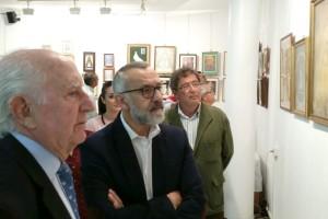 """La Exposición """"El Rocío es la Virgen"""" abre sus puertas en el Teatro Colón de Bonares."""