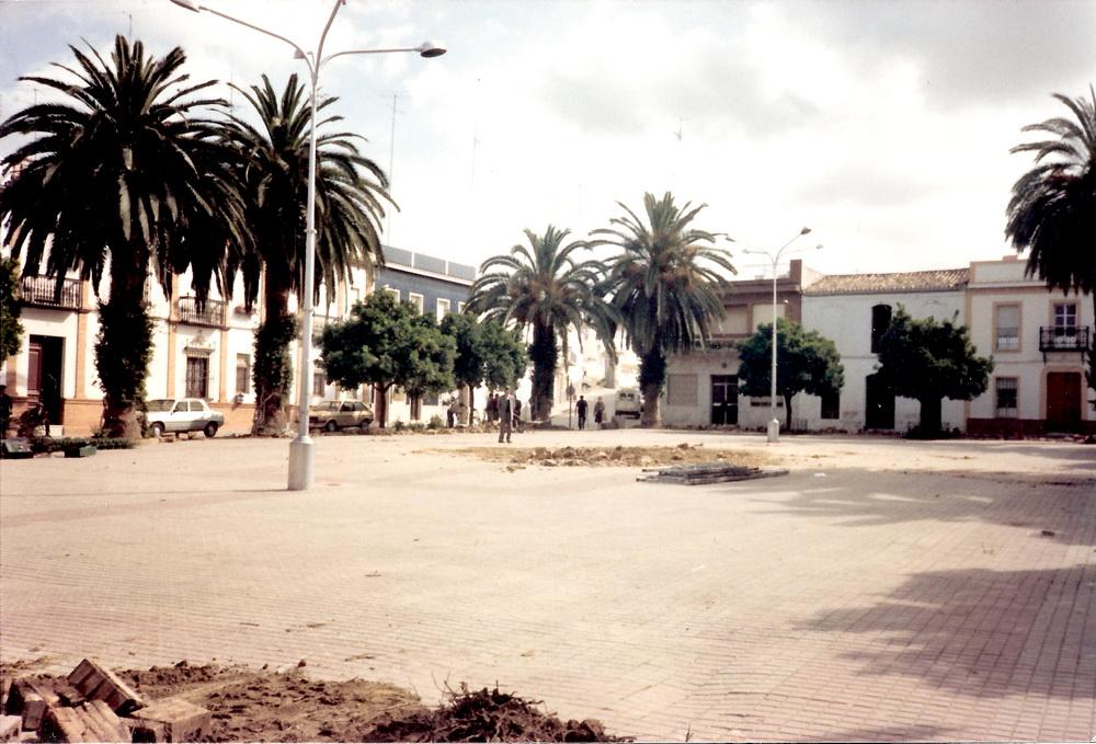 Remodelación de la Plaza, año 87, /Foto José Gomez.