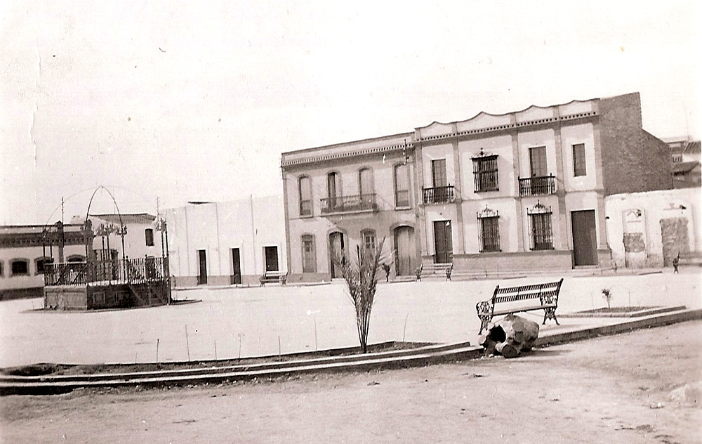 Plaza de España, años 40./ Foto José Gomez.