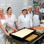 Confitería Antonia Romero y sus famosas Tortas de Bonares.