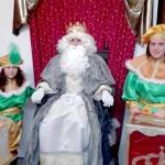 Los niños bonariegos  entregan sus cartas a los Reyes Magos.